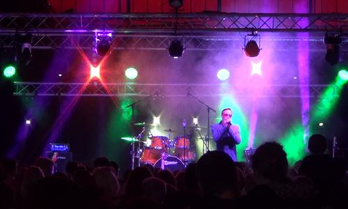 Sylvain chanteur aux Estivales